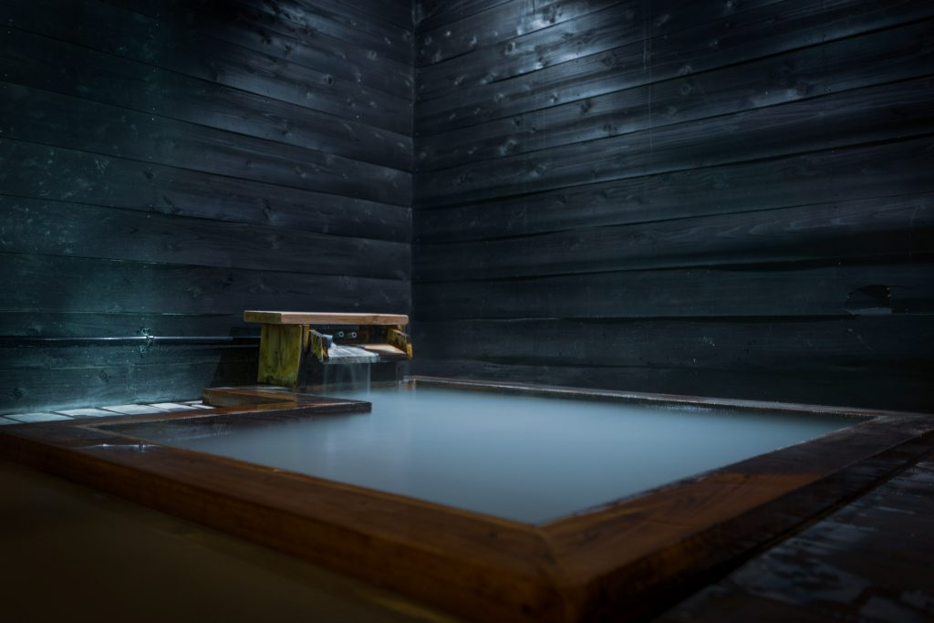 Why Mixed Onsen (Konyoku) Are So Rare Now