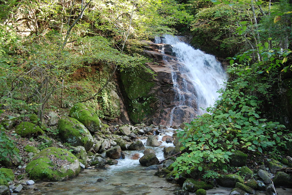 Walk the Trail from Magome to Tsumago Odaki_Waterfall